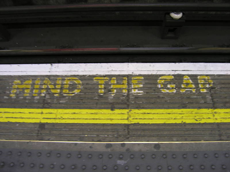 London, April 13-15th 2007: Meeting Sun Lim. The tube: Mind the gap! It's to remind people not to fall between the train and the platform (because it hurts).